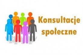 Obraz przedstawia grupę osób i napis Konsultacje Społeczne